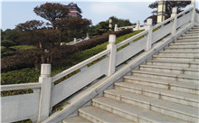 黄石花岗岩芝麻白石材雕刻栏杆 厂家出厂价供应(包安装)