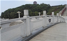 江苏花岗岩芝麻白石材雕刻栏杆 厂家产地直供(守信)